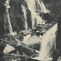 http://glangeaud.bu.uca.fr/archive/cartes-postales/GL-CP-153.jpg