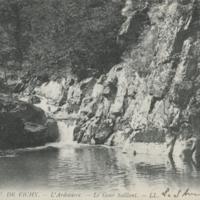 http://glangeaud.bu.uca.fr/archive/cartes-postales/GL-CP-106.jpg